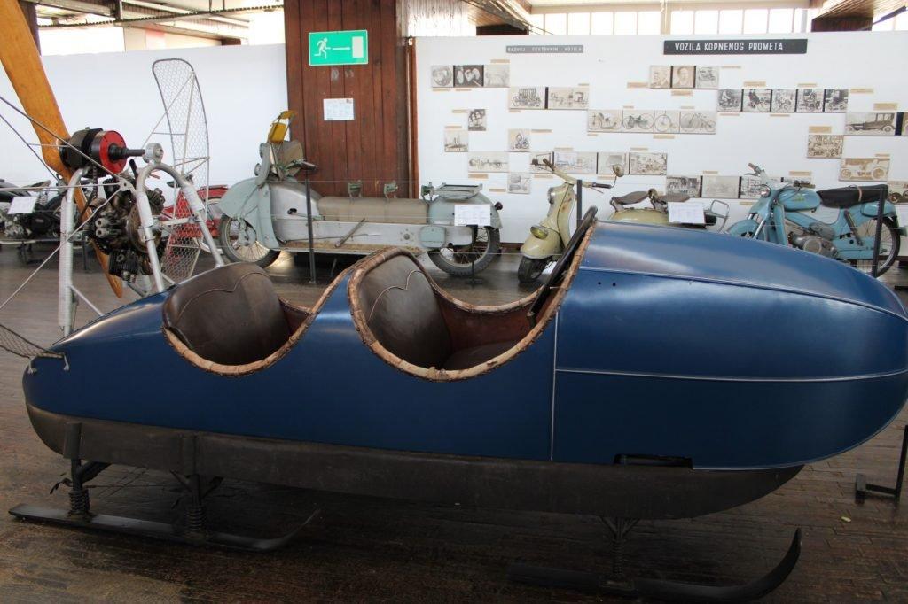 Motor sleigh