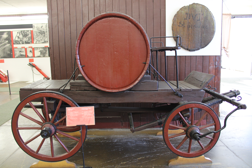 Water supply wagon