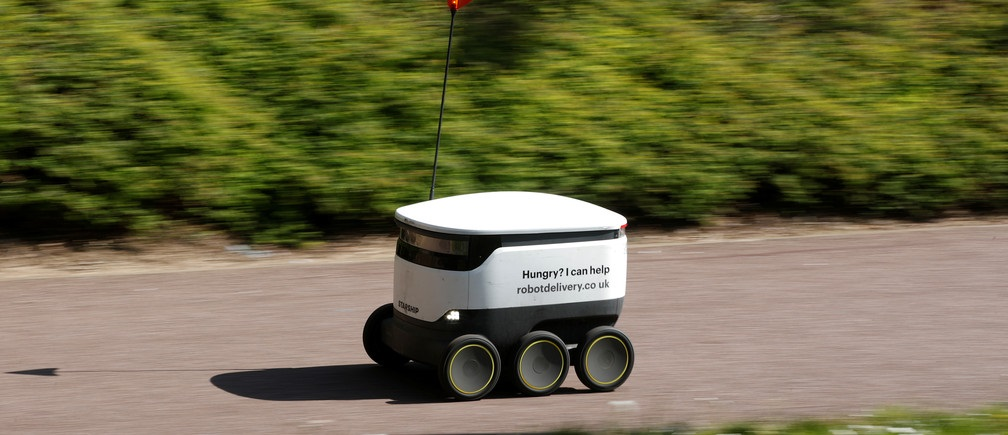 Delivery-robot-1